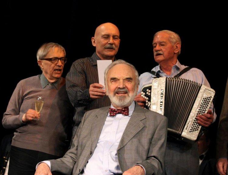 clanek_Jára Cimrman má již 50 let své divadlo