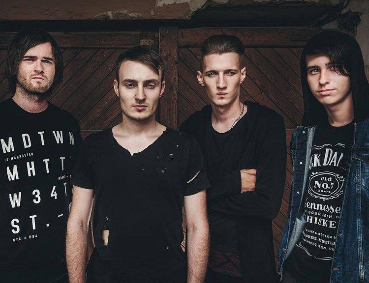 clanek_Neschováváme se do backstage, říká pražská metalová kapela Hand Grenade