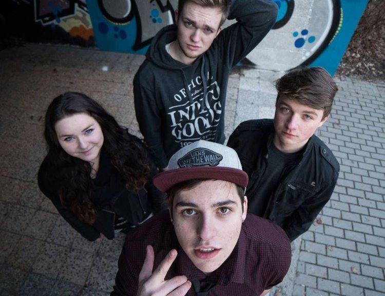 clanek_Musíme na to postupně. říká pop punková kapela Ebony ze Strakonic