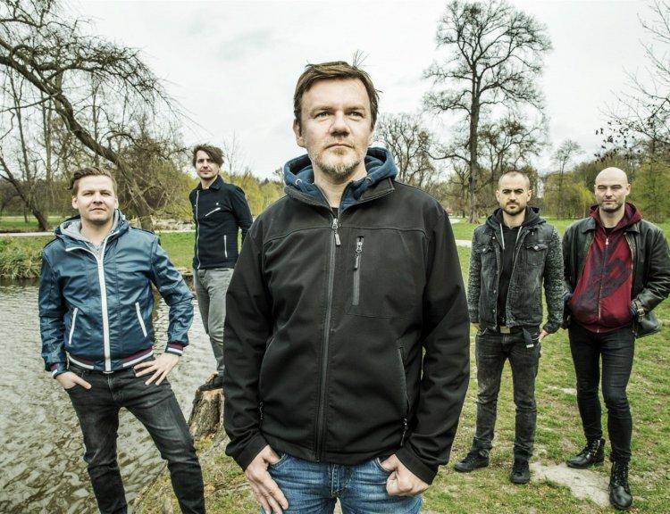 clanek_Zpěvák Michal Hrůza vyjíždí s kapelou na jarní klubové turné
