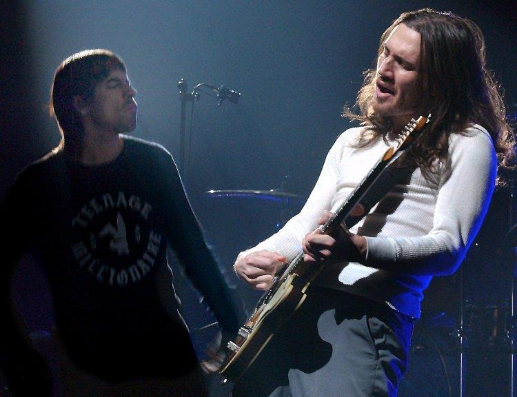 clanek_Do kapely Red Hot Chili Peppers se po desetileté pauze vrací kytarista Frusciante