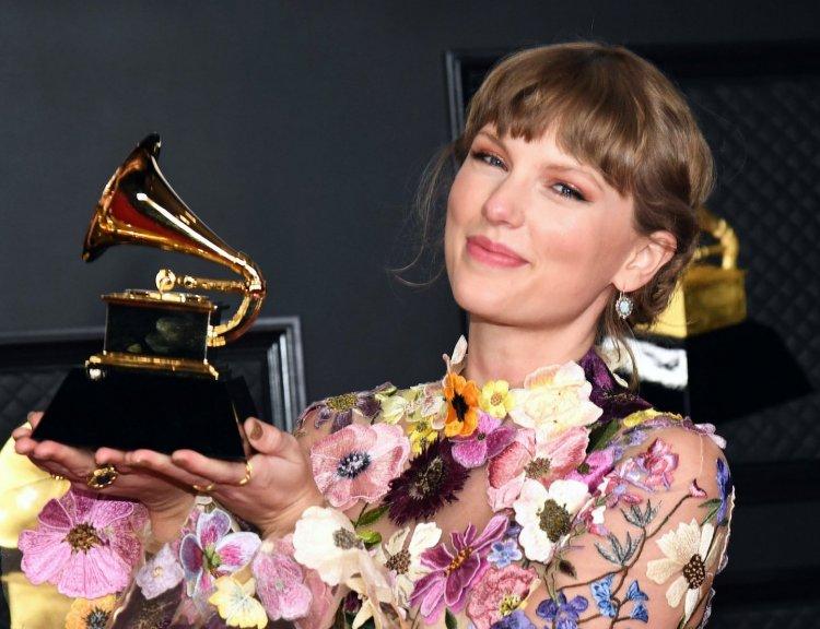 clanek_Taylor Swiftová překonala rekord Beatles