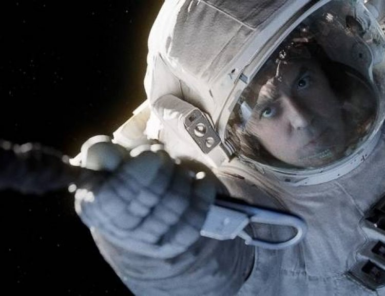 clanek_Nejkontroverznější scénu Gravitace napsal sám George Clooney
