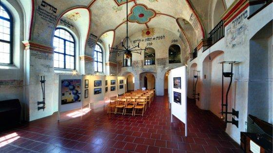 clanek_Malíř Jan Tichý na výstavě představuje své nejsilnější emoce