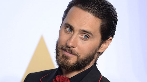 clanek_Ve filmu o zakladateli Playboye bude hrát Jared Leto