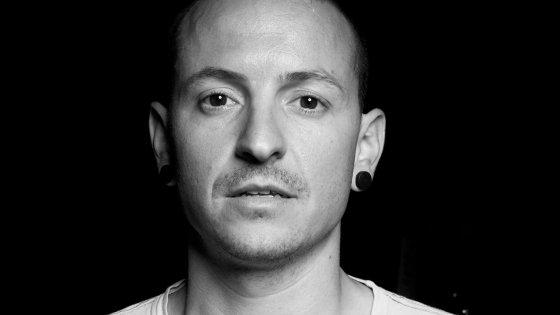 clanek_Linkin Park se živákem loučí s Chesterem Benningtonem