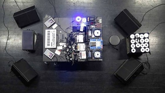 clanek_Pateras představí v Praze obnovené duo s DJem